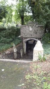 Tottenham Cemetery tunnel
